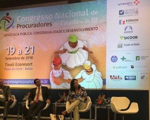 Mesa sobre tecnologia teve mediação do presidente da APMS em congresso nacional de procuradores de Estado na Bahia