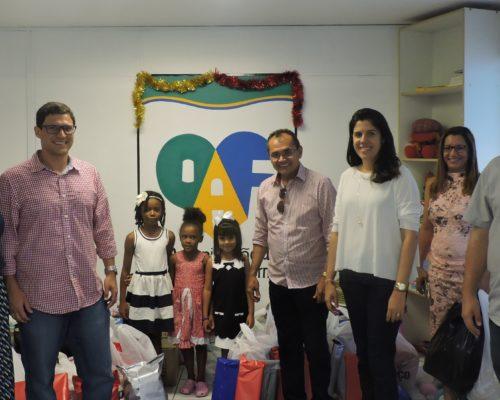 Doações são entregues na OAF